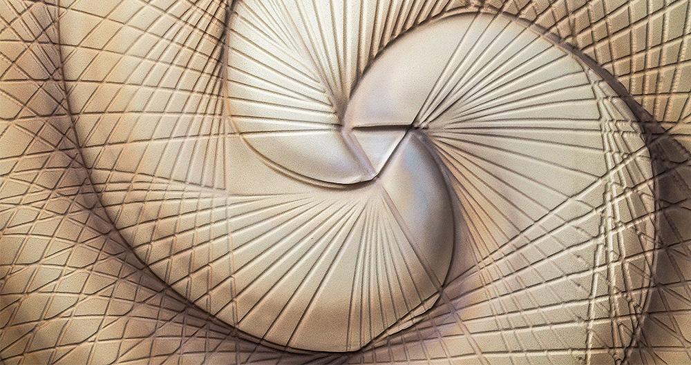 <b>Лепной декор из гипса</b><span>В оформлении использованы декоративные материалы от ТМ La Calce Del Brenta</span>