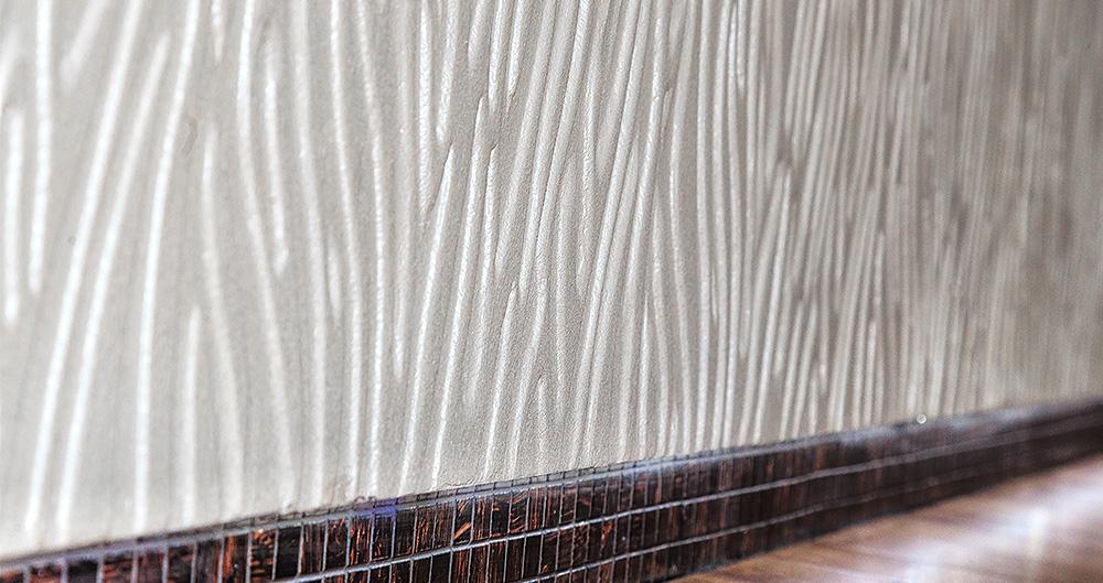 "<b>Трафаретная техника - ""Арт-фрей""</b><span>В оформлении использована декоративная штукатурка VIVALDI PETRA от ТМ La Calce Del Brenta</span>"